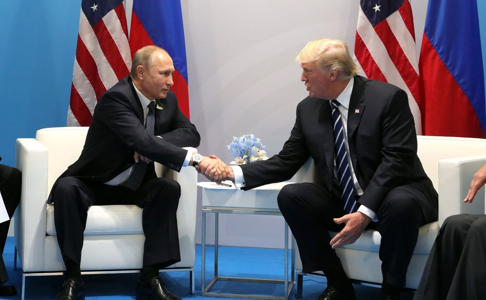 USA Today publishes damning analysis showing Trump attempted Russia collusion in plain sight