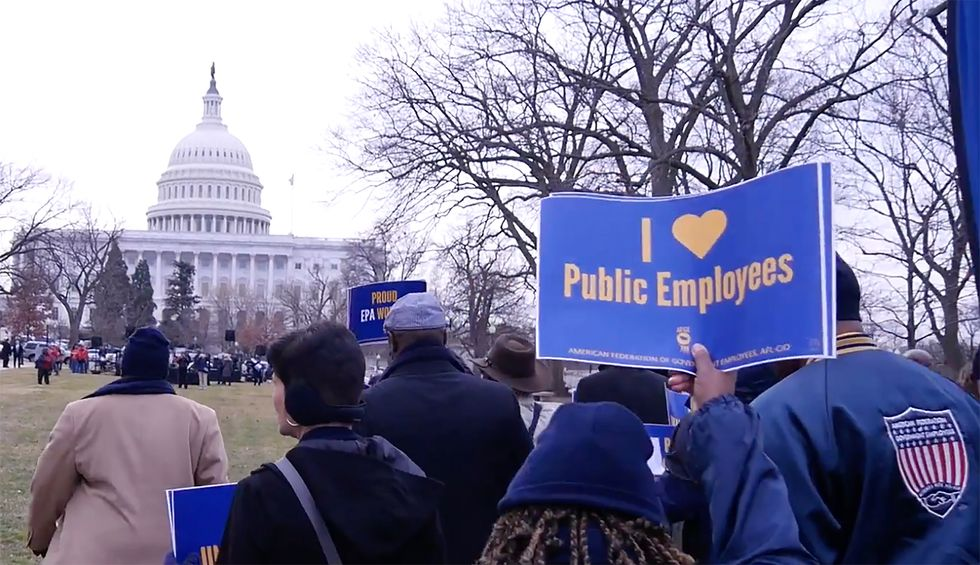 Federal workers union sues for right to openly criticize political candidates