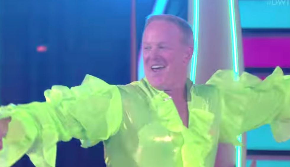 Sean Spicer mocked for tweet suggesting people who vote against him on 'Dancing With the Stars' are discounting Christ: 'The grift of victimhood'