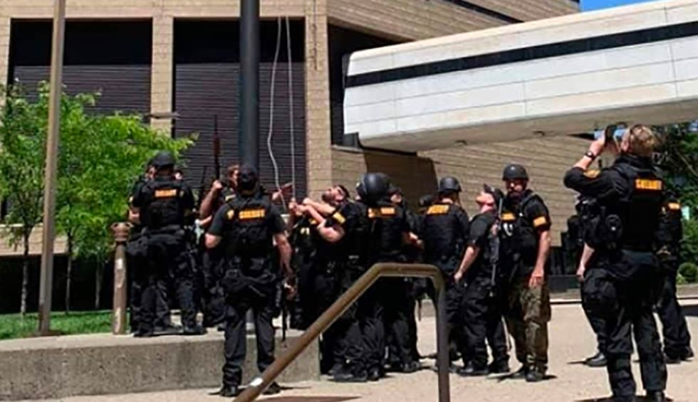 Cincinnati sheriff deputies replace American flag at the Justice Center with pro-police 'thin-blue-line' flag