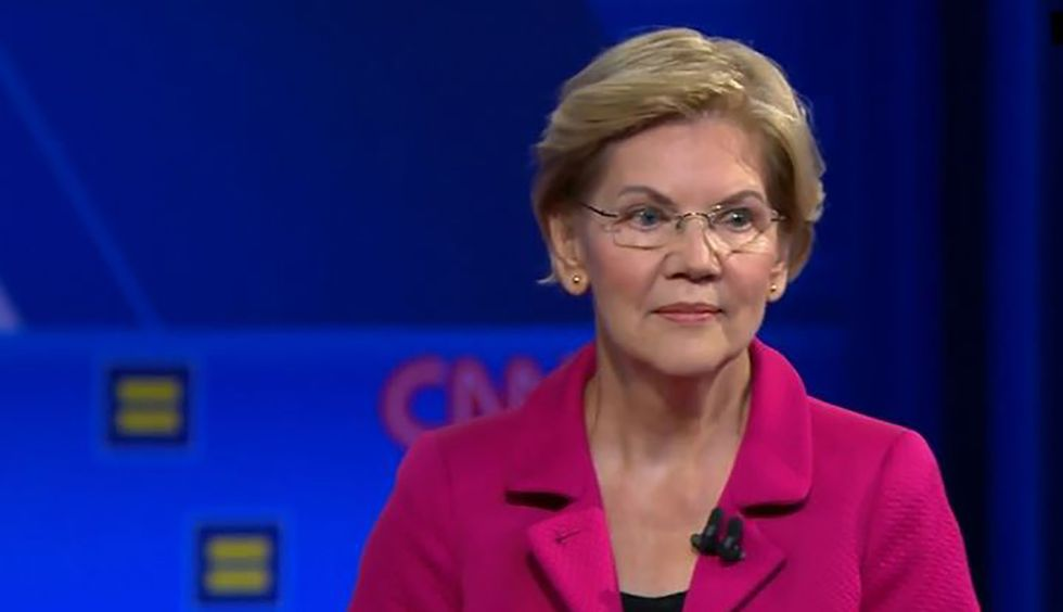 The internet is going crazy for Elizabeth Warren after she gave this answer on same-sex marriage and homophobes