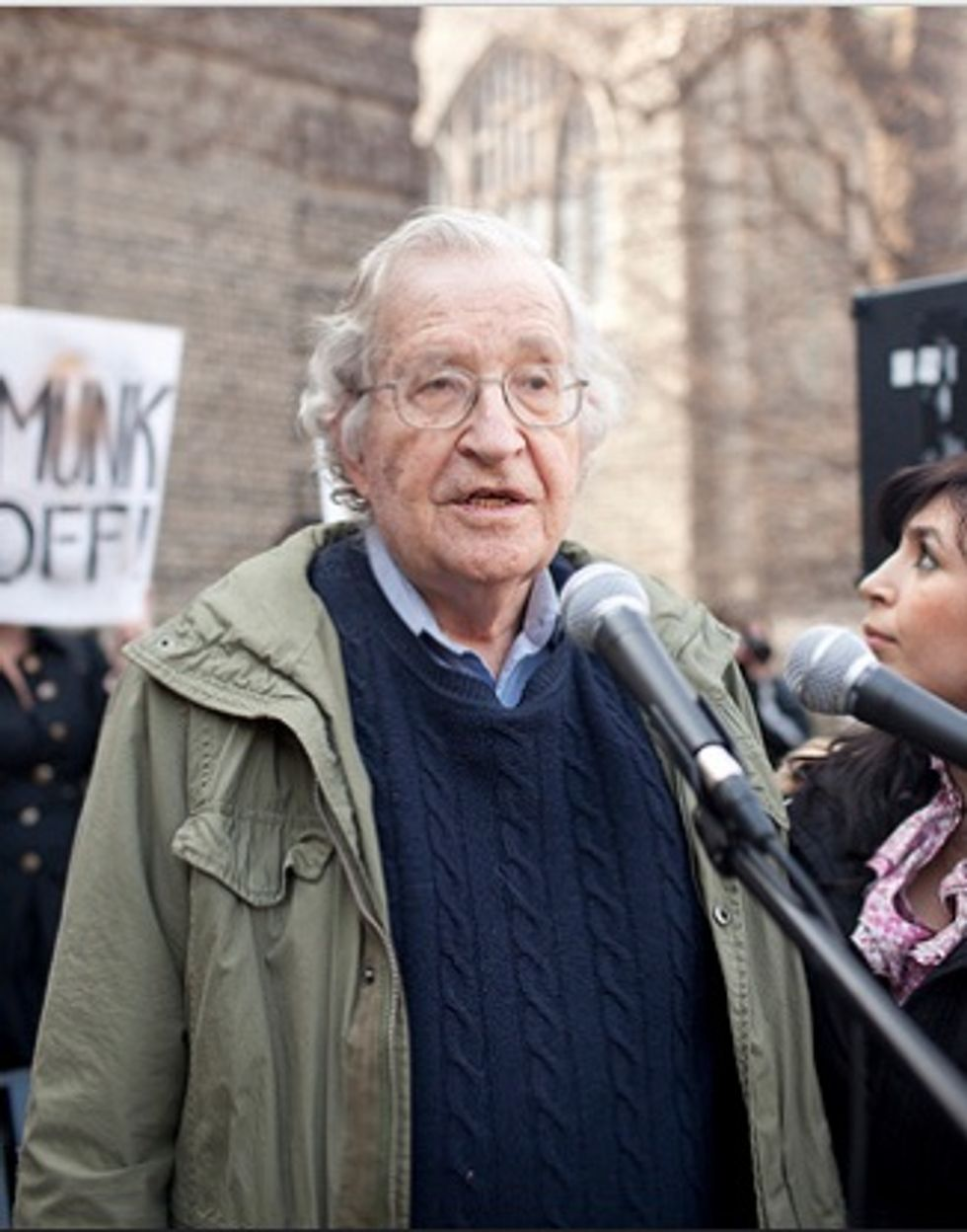 Noam Chomsky: Social media outlets have 'become major forces for undermining democracy'