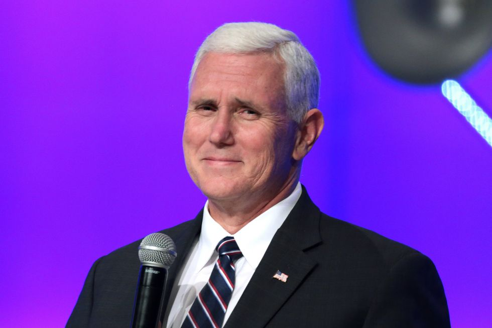 Mike Pence and others get sweetheart pay raises while Trump stiffs federal workers: report