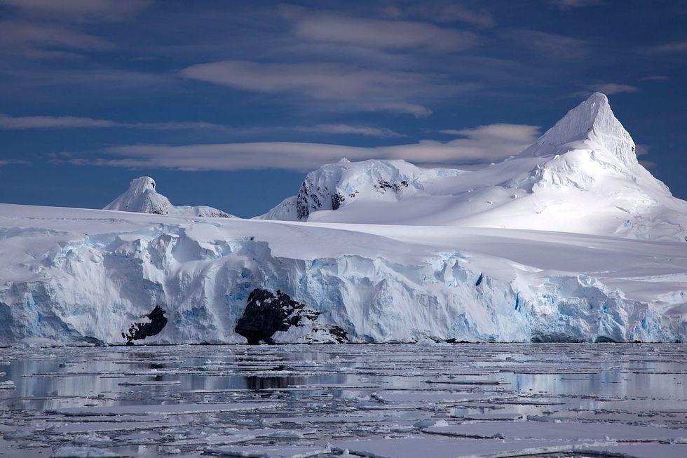 Antarctic sea ice is 'astonishingly' low this melt season