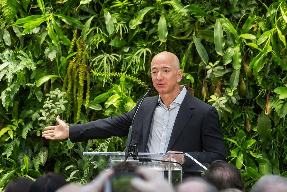 Jeff Bezos says the National Enquirer's parent company tried to blackmail him with nude selfies