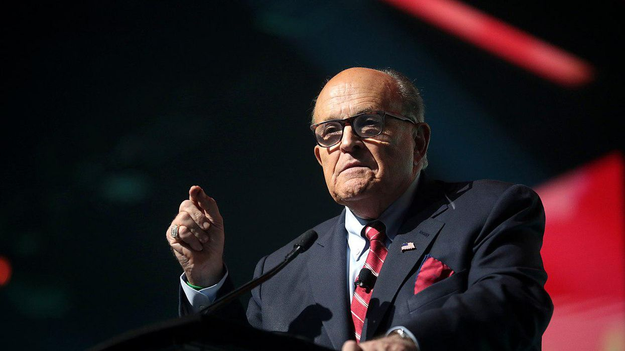 'Poetic justice': Internet explodes after federal investigators execute search warrant on Giuliani's NYC home