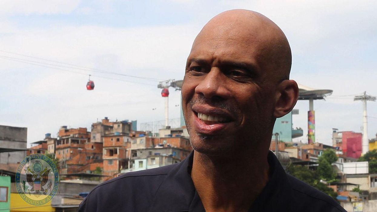 Kareem Abdul-Jabbar urges NBA coaches to purge anti-vaxxers from rosters: 'I don't think they're behaving like good teammates'