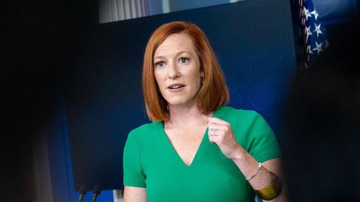 Jen Psaki mocks Newsmax reporter for yelling questions after briefings end