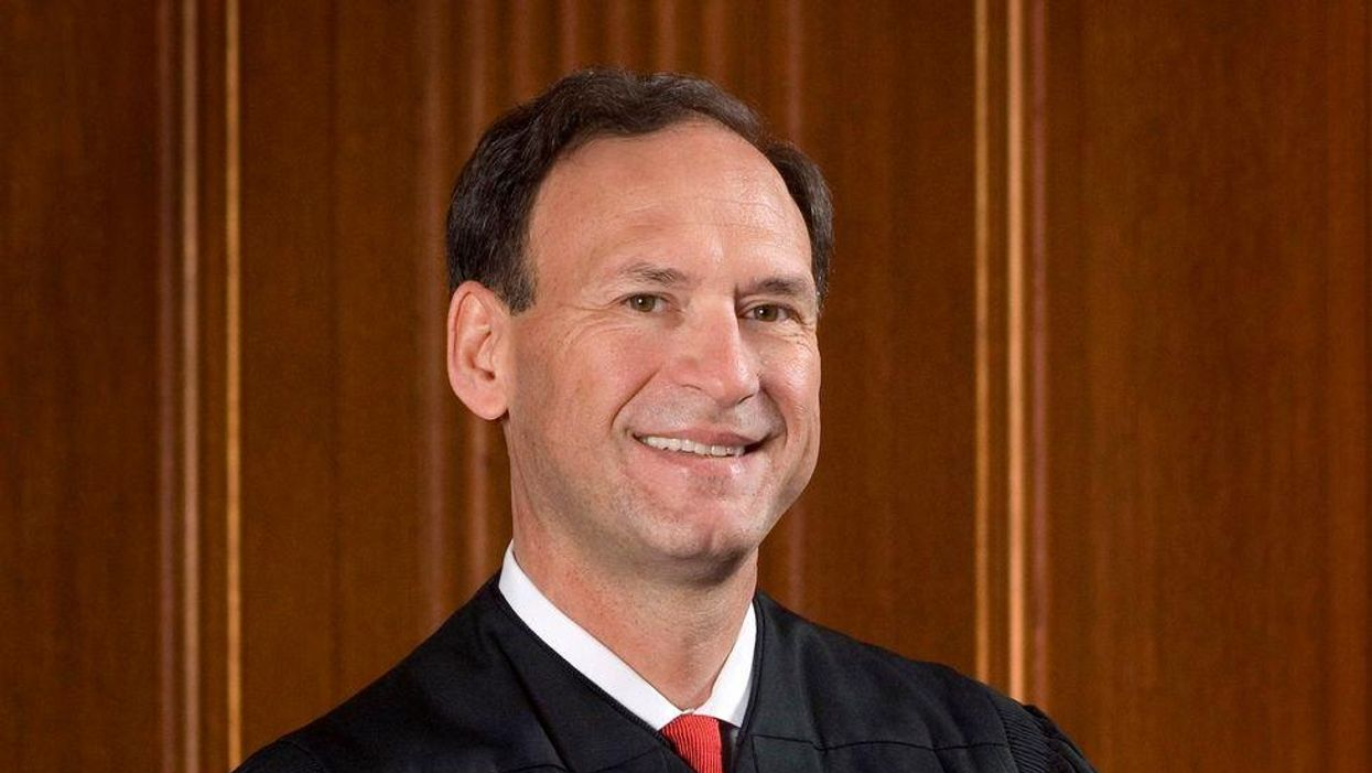 Justice Alito lashes out at a journalist's criticism as 'ridiculous'