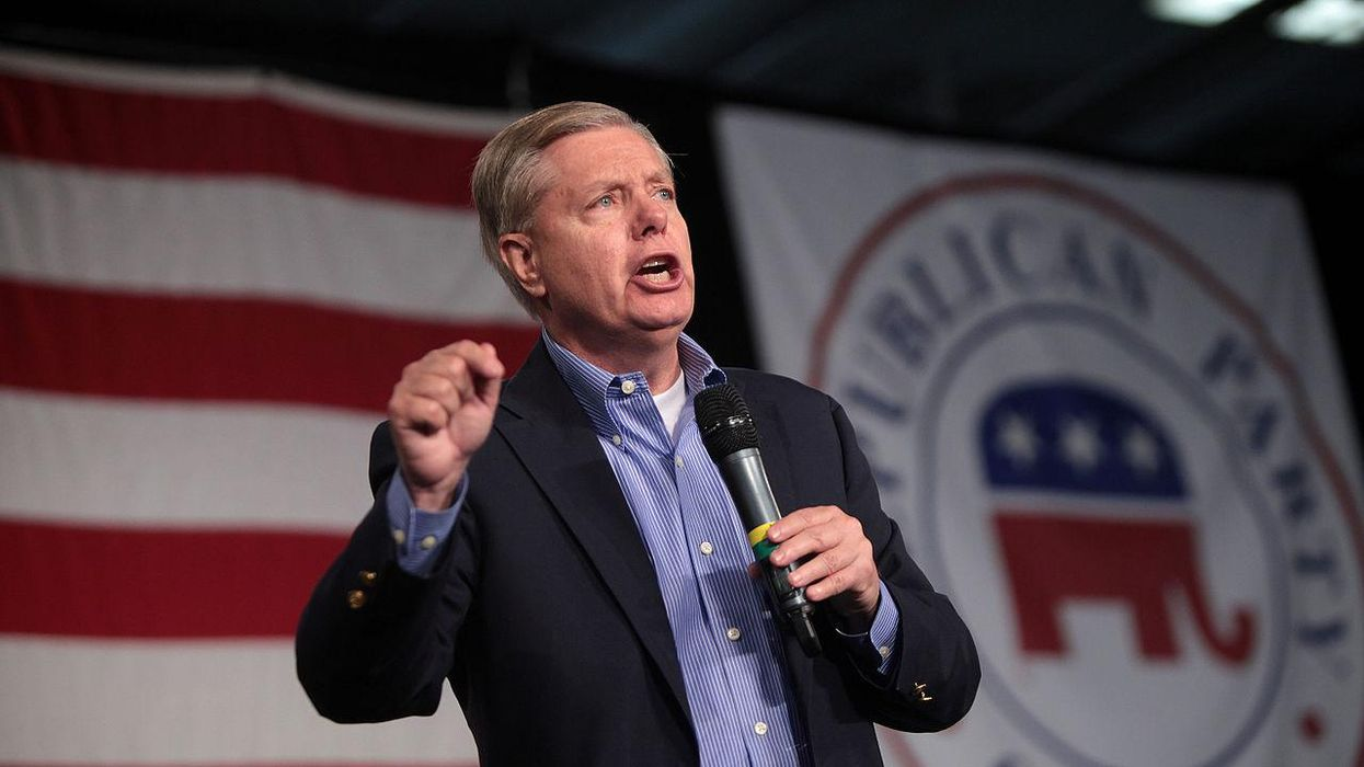 Lindsey Graham gets shouted down by his fellow Republicans at South Carolina event