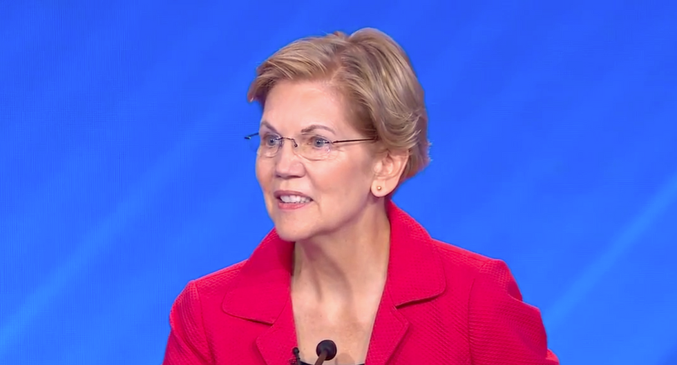 Tales of workplace discrimination flood Twitter after Warren shares story the far right disputed