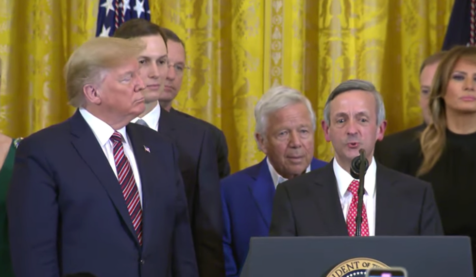 Trump hosts pastor who says Jews are going to Hell at White House even about anti-Semitism and Hanukkah