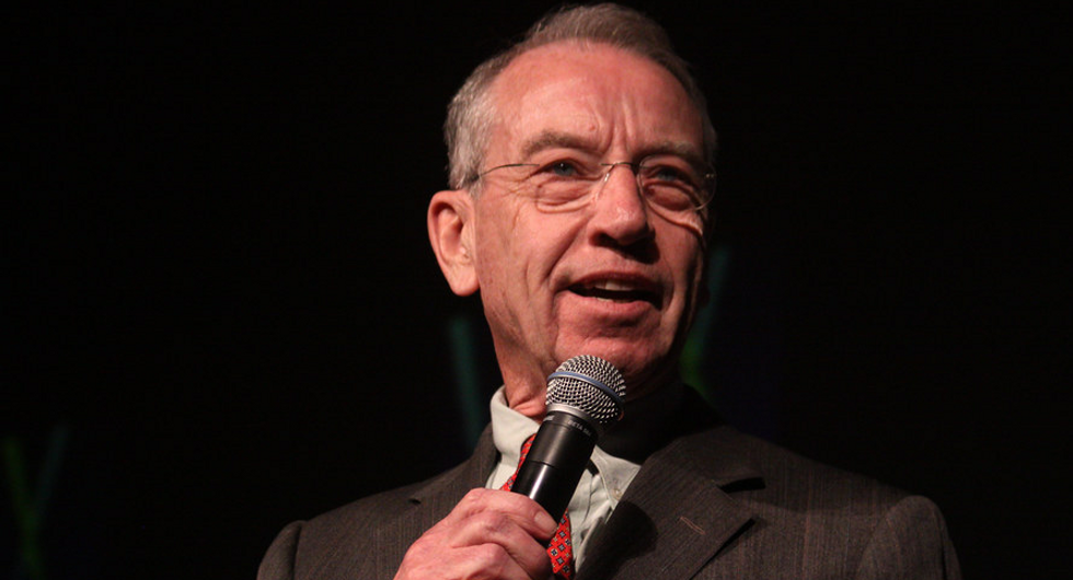 These 2 Republican senators are pushing AG Barr for Ukraine investigation on Democrats