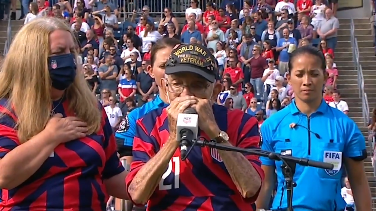 Far right media attacks US women's soccer team over false claiming they dishonored WWII vet playing National Anthem